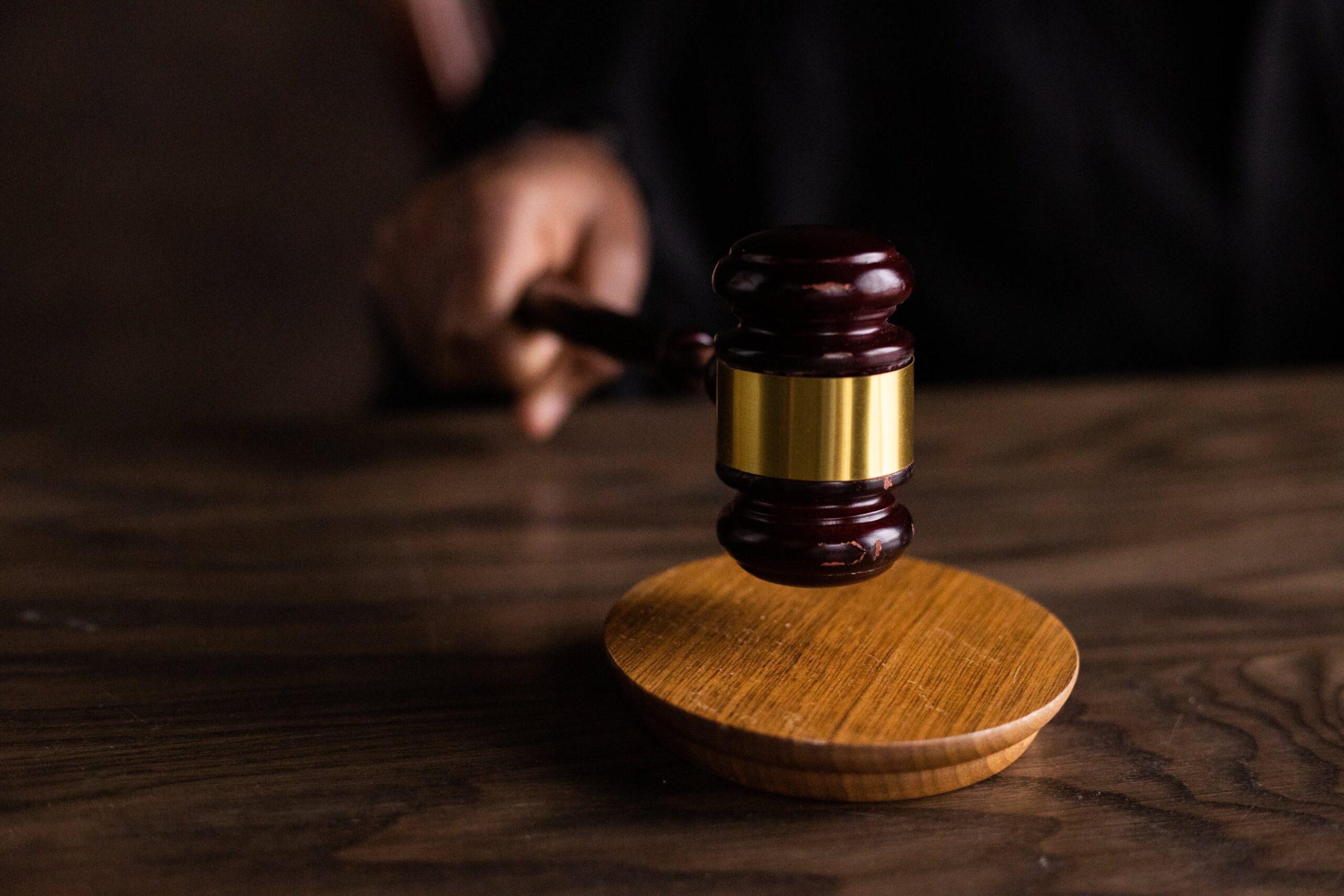 Nieodpłatna pomoc prawna 2021: dla kogo? gdzie? jak się zapisać?