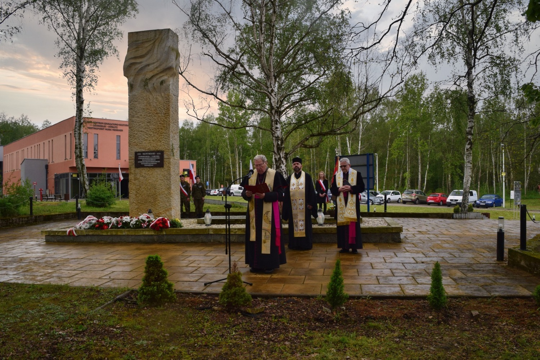 Obchody 76. rocznicy wyzwolenia obozu jenieckiego Stalag VIII A