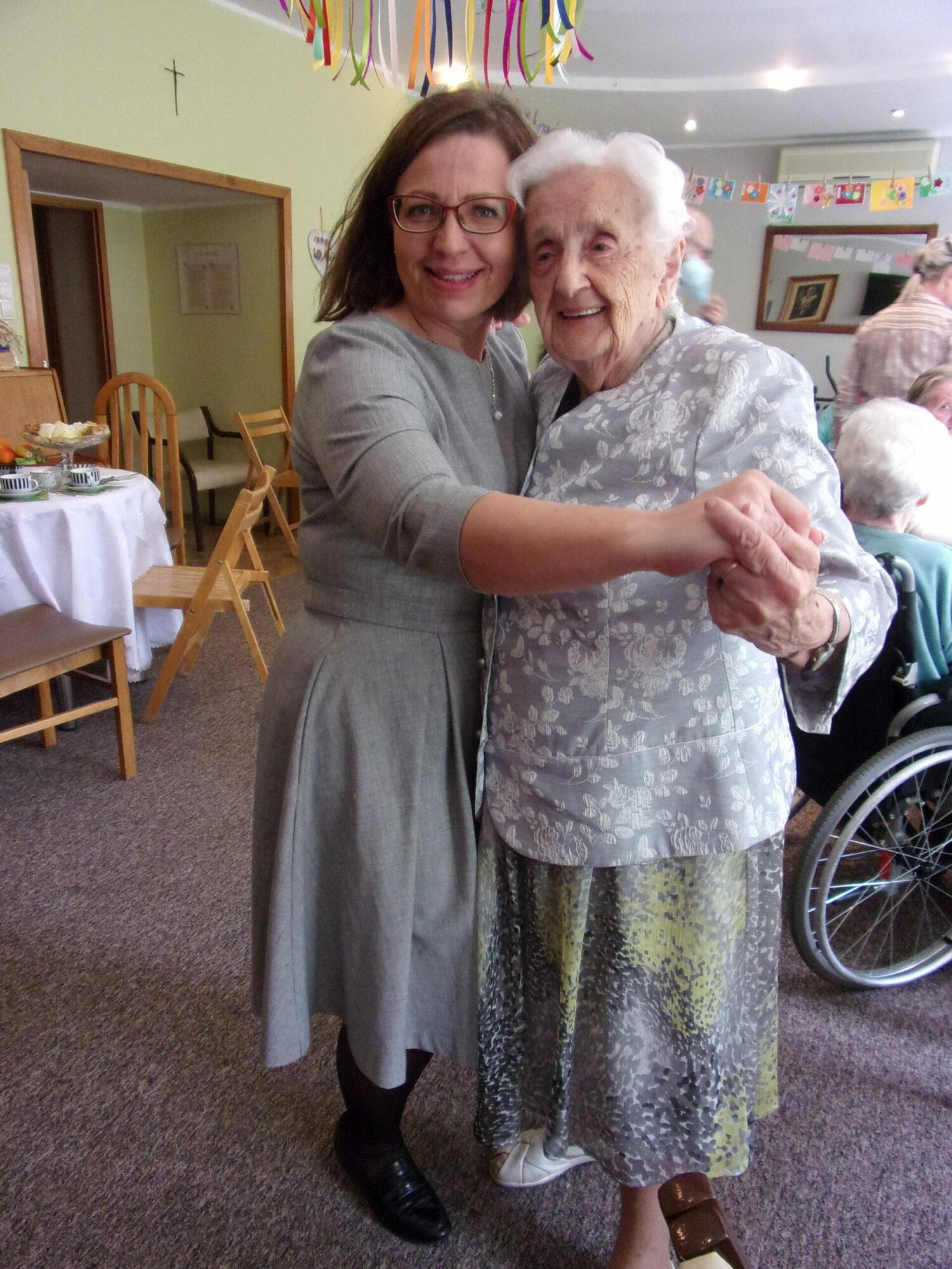 Dzień Matki – wyjątkowe święto w DPS Ostoja