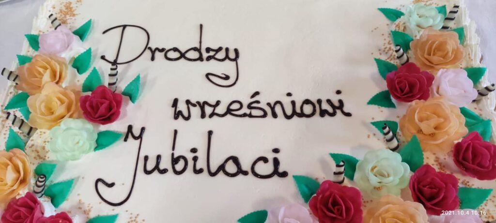tort z życzeniami